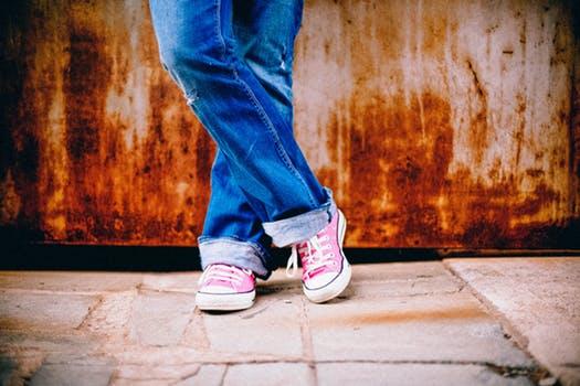 teens feet legs